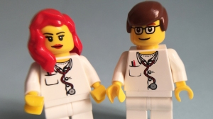 lego-minifig-nurses-data
